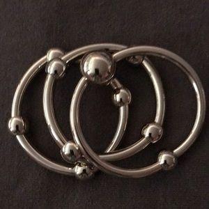 Set 3 Lovely timeless Stretch Gold-tone Bracelets